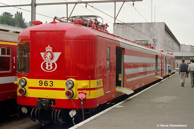 Bron: Foto geplukt van treinfoto2000, fotograaf Rene Hameleers: http://forum.modelspoormagazine.be/index.php?topic=25287.0